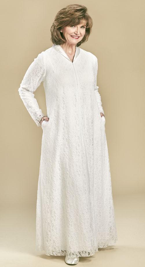 Cyprus-lace-temple-dress