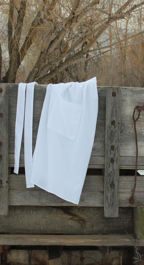 white-pioneer-apron