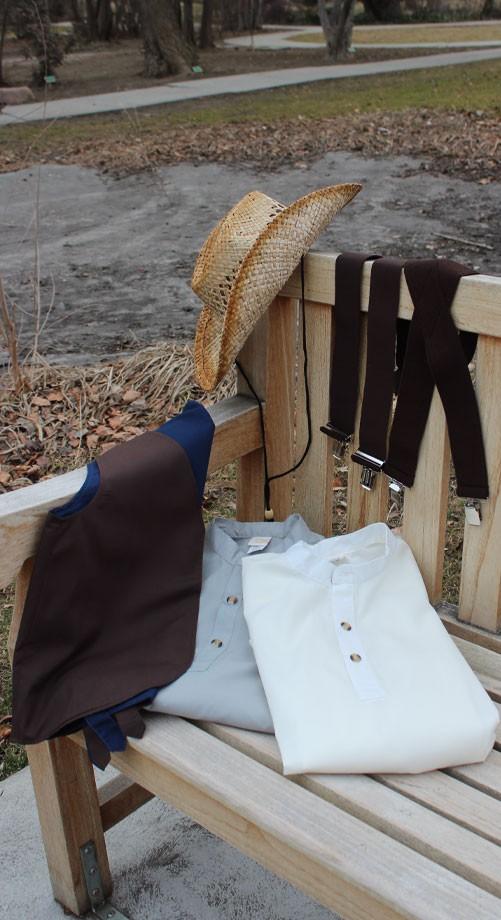 vest-hat-susp-2shirts